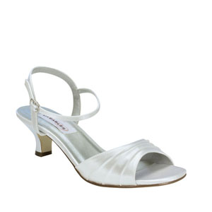 Dyeables Womens Brielle White Satin Sandals Wedding Shoes