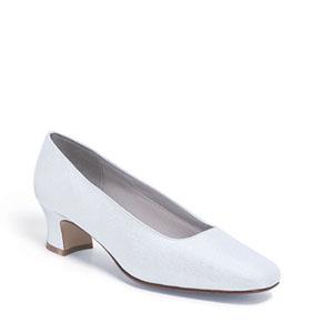 Dyeables Womens Grace White Silk Pumps Wedding Shoes