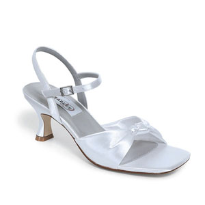 Dyeables Womens Lovely White Satin Sandals Wedding Shoes