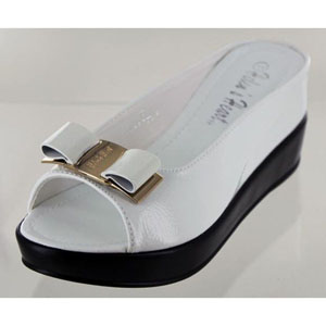 Helens Heart Womens CFW-8127-30 White Synthetic Sandals Casual Shoes