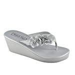 Touch Ups Womens Sparkle Silver Synthetic Destination Beach Prom and Evening Shoes