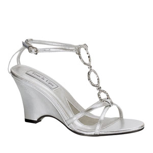 Touch Ups Womens Arlene Silver Beaded Wedge Prom and Evening Shoes